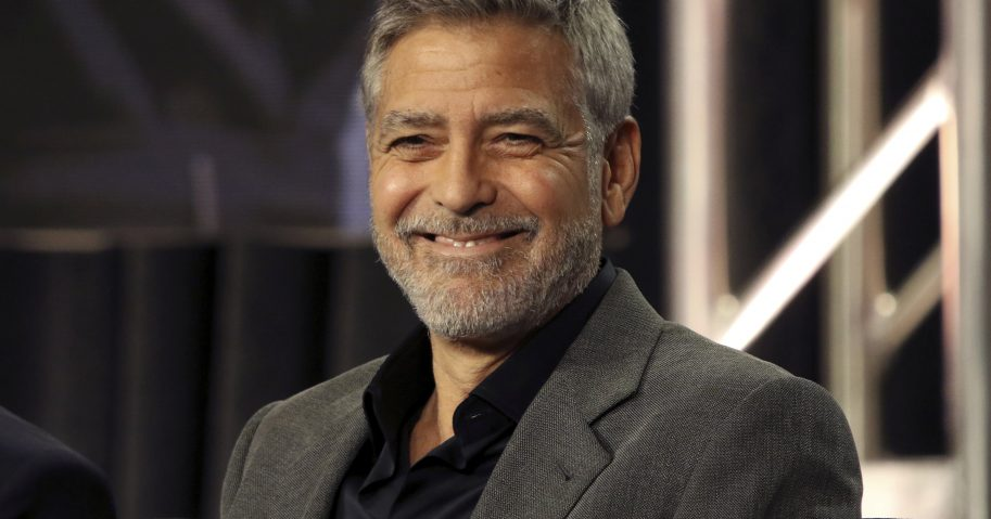 USA UK News's photo on George Clooney