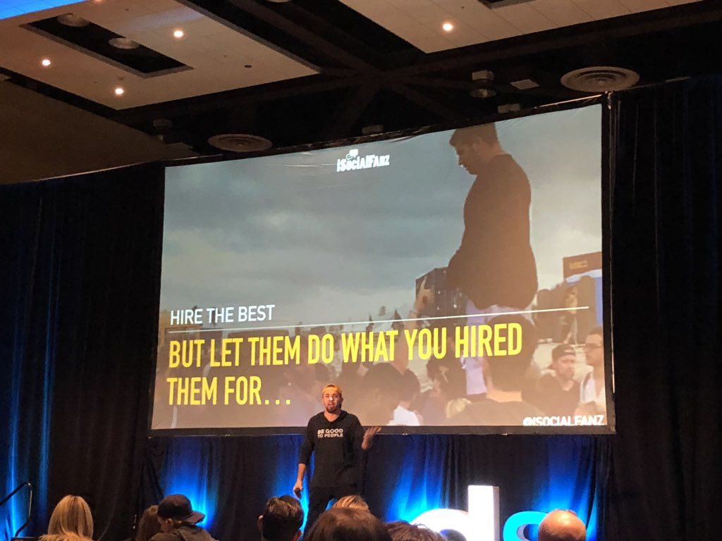 Want to provide the best for your customers? Hire the best! AND let them do what you hired them for.  #DSPHX @iSocialFanz<br>http://pic.twitter.com/UbHt6BAX5o