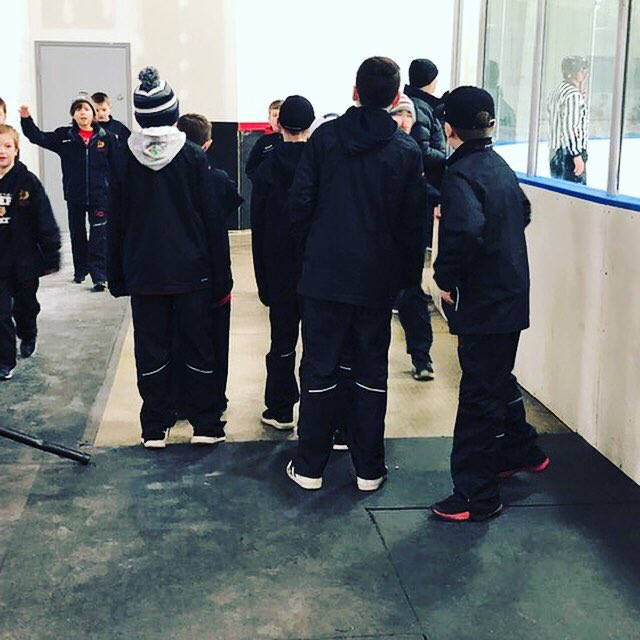Some pics from our U11 Red, which went 3 for 3 this past weekend!...#gochiefs #promote #develop #excel . . . . . #goctchiefs #ctchiefs #connecticut #chiefs #elitehockey #instagood #pic #picture #picoftheday #pictureoftheday #icehockey #hockey #workhard #hardwork #hockey