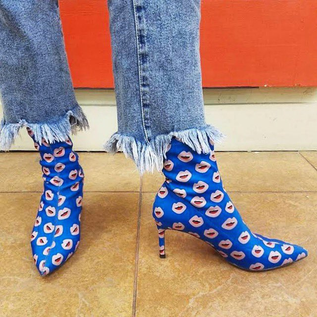 Looking for a Valentine's Day kiss? Try out these lip-print booties from #BuffaloExchange #Tucson! #WinterFashion #WinterStyle #ValentinesDay #ValentinesDayLooks #DateNight #DateNightLooks #Shoesday #ShoesdayTuesday #ShoesOfInstagram #Denim #DistressedDenim #RawHem
