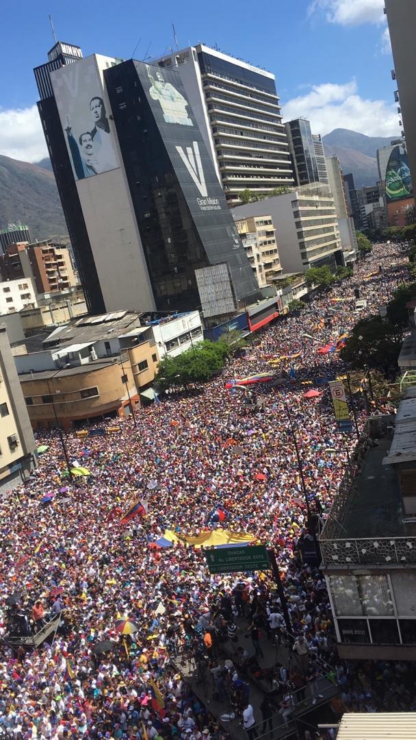 Henrique Capriles R.'s photo on #12Feb