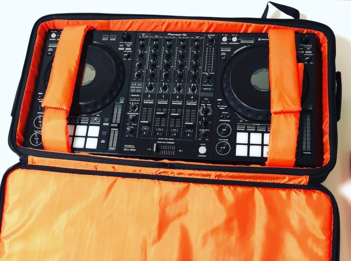 """Repost @diabeatdj Who needs a flight case when you can use this awesome Gator Bag! This thing is perfect to travel with the """"beast"""" Pioneer DJ DDJ-1000"""
