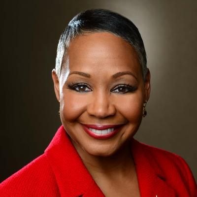 NEW on @WMCLive! @TheRobinMorgan on racism, sexism, and Virginia; Congresswomen wearing white, and why women's suffrage should be women's suffrages. Guest: Lisa Borders (@Lisa_M_Borders), President and CEO of Time's Up! workplace revolution. HERE: http://apple.co/1k8gQXz