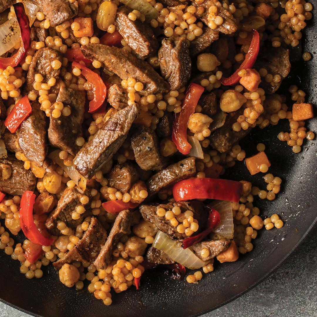 Our Sweet Red Pepper Beef skillet meal, ready in just 15 minutes, features Omaha Steaks tender beef tips in a Moroccan-style harissa sauce with chickpeas, sweet potatoes, and red peppers. 😋  Try a #skillet meal today: http://bit.ly/2SSscoY *Sold by OmahaSteaks. com, Inc.