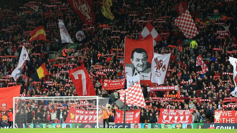 """⁉️ @JanMolby on the incredible Anfield #LIVBOU atmosphere:  """"From the 3 teams that can win the title, there is no doubt #LFC have an advantage with what fans bring to home games.""""  🎧 Listen to Jan talk #LFC on his weekly podcast with @downeytrev, FREE at http://anfieldindex.com/join"""