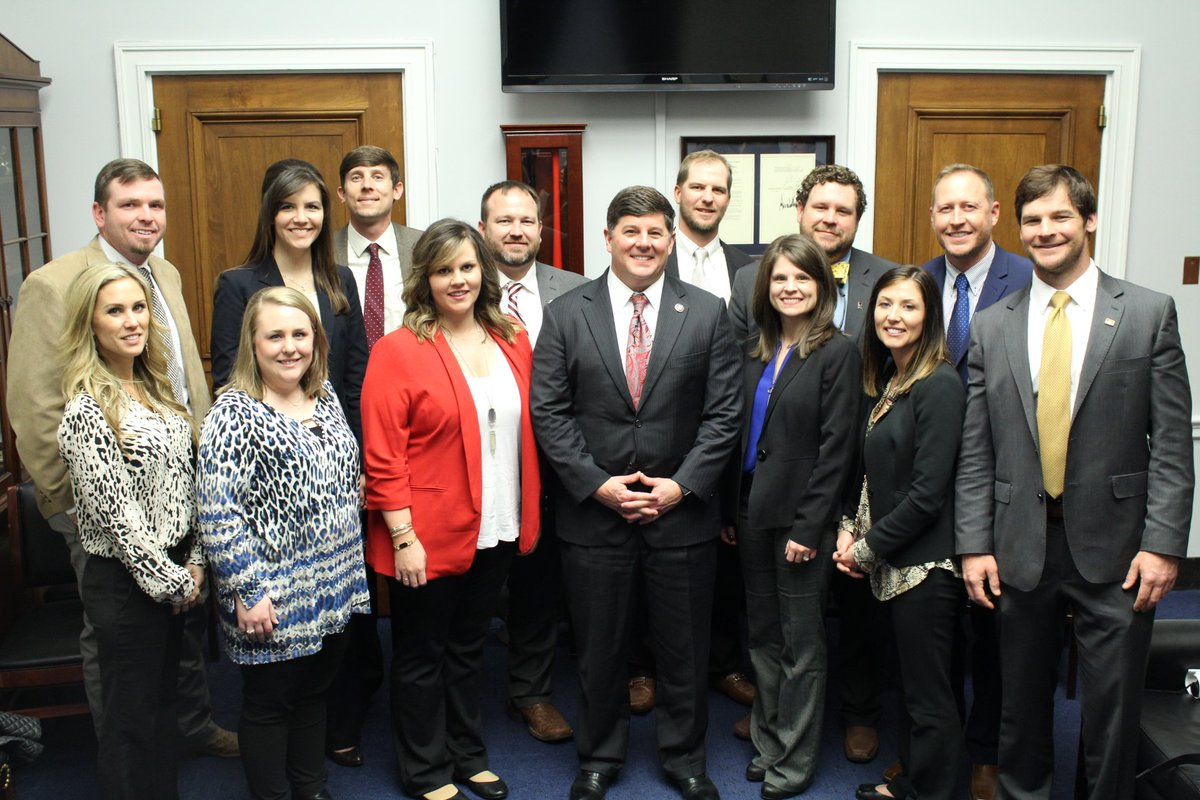 It was my pleasure to welcome the @MSFarmBureau Young Farmers group to my Washington office to discuss Mississippi's agriculture and the Farm Bill that was recently signed into law.