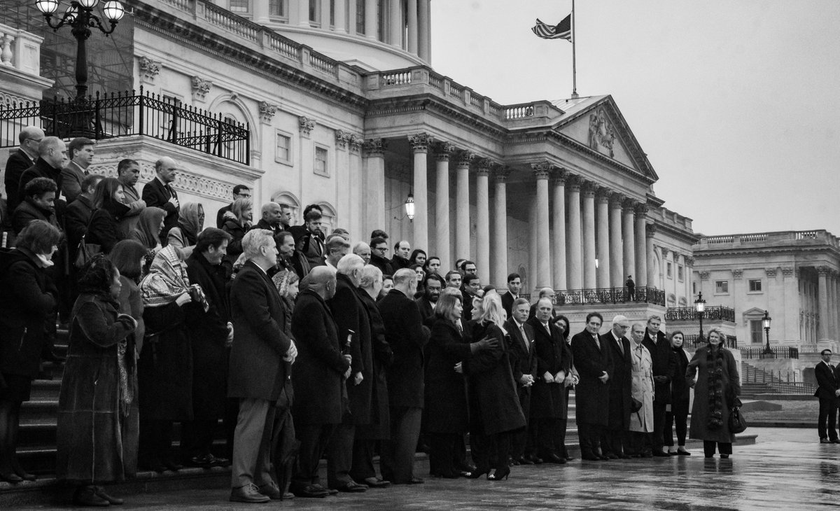 This afternoon, Members of Congress came together on the East Front Steps of the U.S. Capitol to honor our colleague, Chairman @JohnDingell, as the motorcade carrying his casket drove past the Capitol. Rest in peace, John.