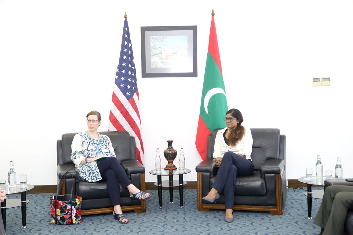 Our growing partnership w #Maldives helps keep the #IndoPacific safe. Assistant Secretary of Defense Randall G. Schriver and I spoke w/ @CDFofMNDF and @MvDefence Minister @MariyaDidi recently to explore ways to expand our cooperation