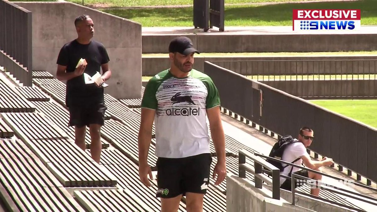 Greg Inglis has revealed how an intimate chat with super coach Wayne Bennett got him out of a pre-season slump. @Danny_Weidler #9News