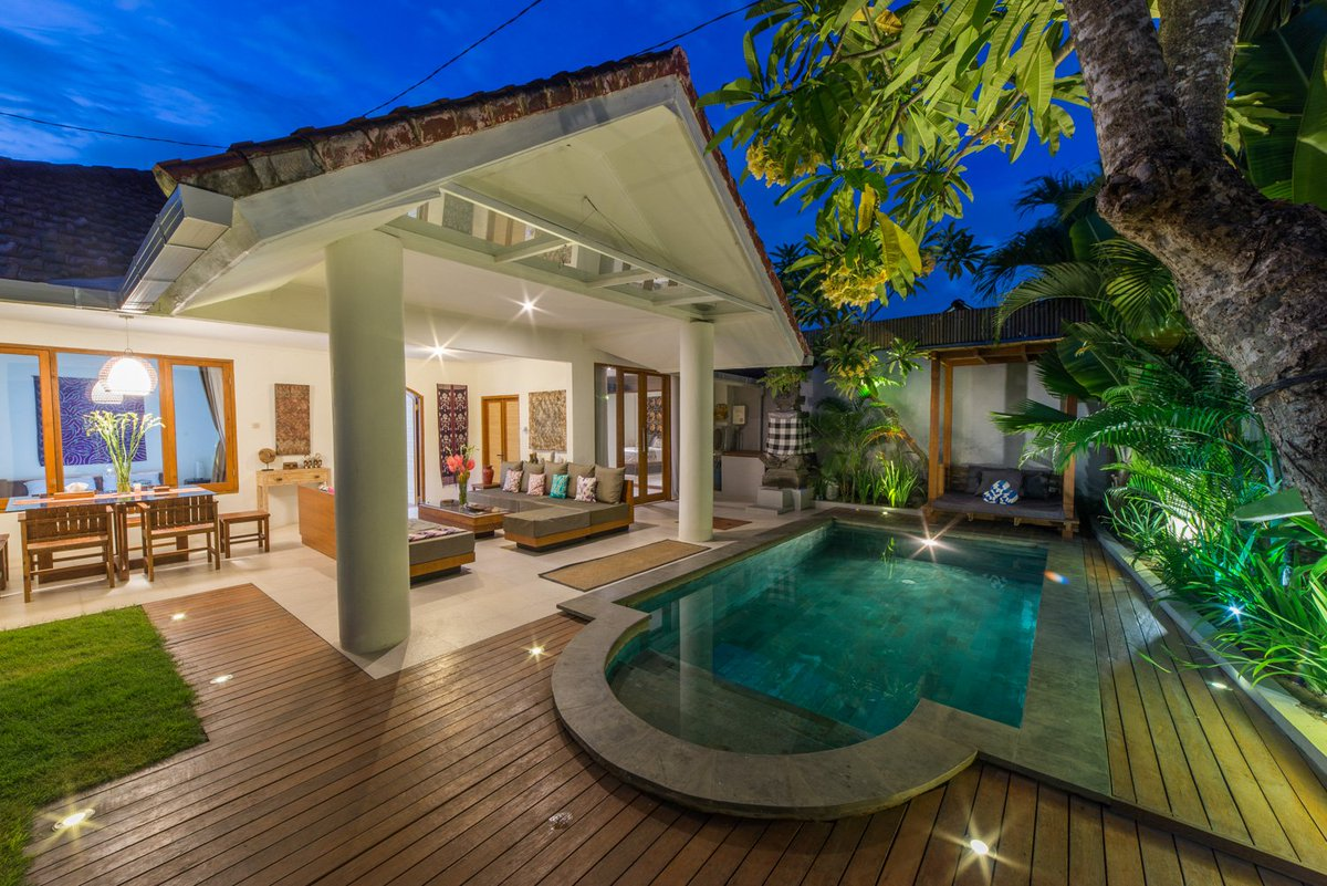 """VILLAS BALI ❤️ Available on March 😇 Book here: https://www.airbnb.com/rooms/10929751?guests=1&adults=1… Or here: https://www.airbnb.com/rooms/20111048?guests=1&adults=1… *** #PSGFCGB #AtletiRealMadrid Liverpool """"Manchester United"""" Bale Netherlands Germany Belgium Morata Pogba #SEULGI_IS_SEULGI Keita Martial #LIVBOU #Airbnb @Airbnb #Superhost"""