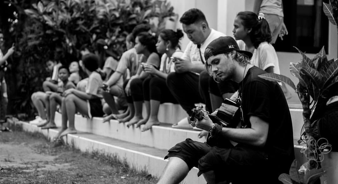 Chad Vasquez (mr.chadv on IG) posted this of Michael from their time in Bali!  #5SOSfam #BestFanArmy #iHeartAwards