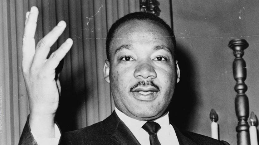Sub teacher tells students Martin Luther King killed himself - https://t.co/eXPKzQTubh #KPRC2 #MLK