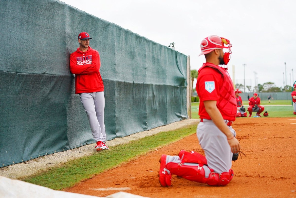 👀 Nothing to see here. Just a Cy Young winner and 2x World Series Champion observing the first pitchers and catchers workout.