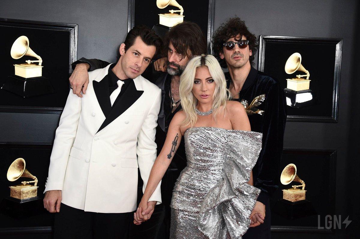 NEW UHQ PHOTOS  Lady Gaga on the red carpet at #GrammyAwards2019 in LA <br>http://pic.twitter.com/GBitjb5lDV