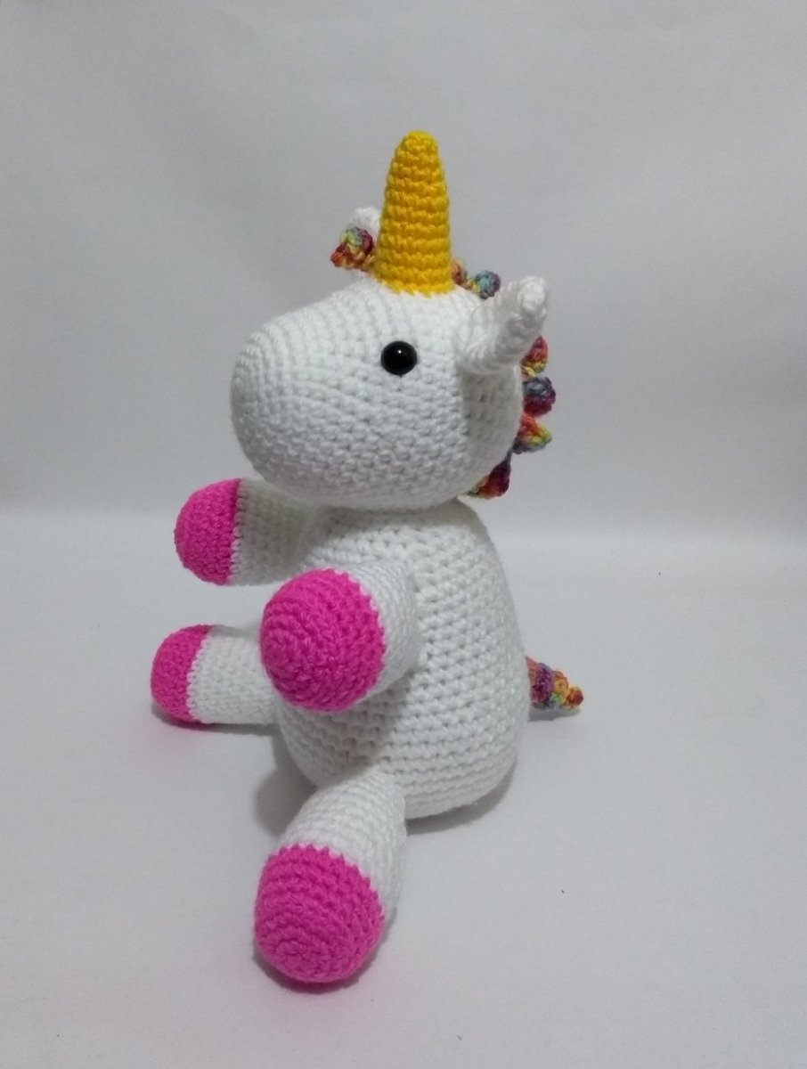 CROCHET PATTERN in English and Spanish - Mimi the Friendly Unicorn ... | 1200x906
