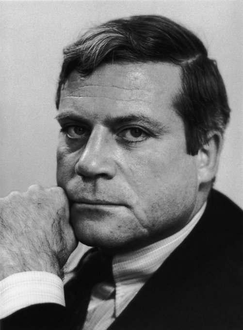 Happy Birthday to Oliver Reed!