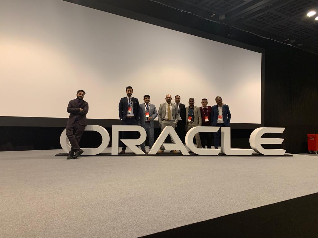 Closing the 2nd and final day of Oracle Open World Dubai 2019! #OOWDXB #OOW #OracleCloud #oracleopenworld #Dubai<br>http://pic.twitter.com/LCduP179x7