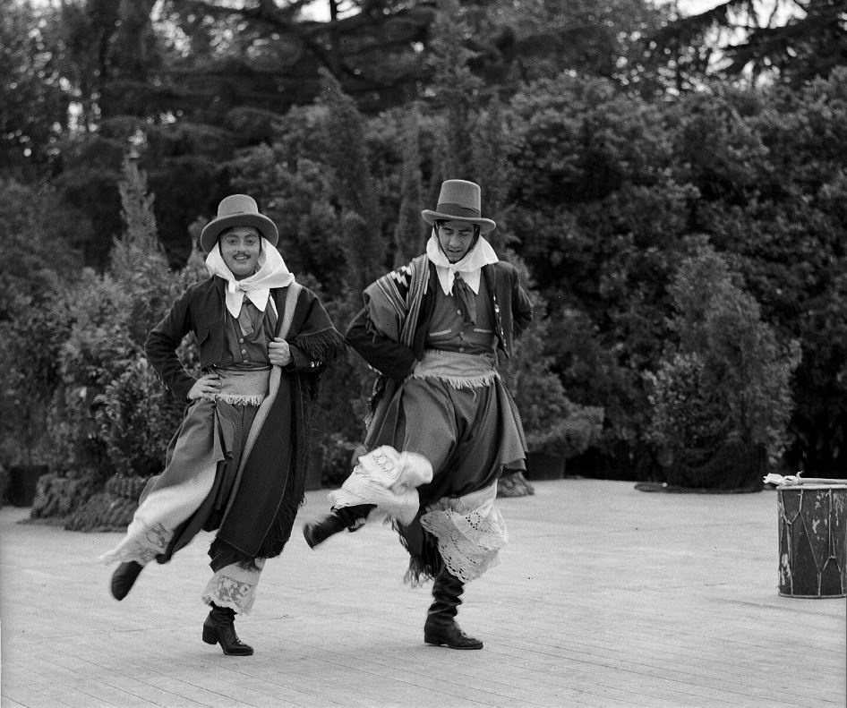 test Twitter Media - We are delighted to welcome @sam_vanschaik as the new director of our Endangered Archives Programme @bl_eap @britishlibrary!  Photo: Argentinian folk dance company, Heinrich Sanguinetti Archive (1930-1956) EAP755 https://t.co/e9djDUC0uy https://t.co/L0u51VLCLt