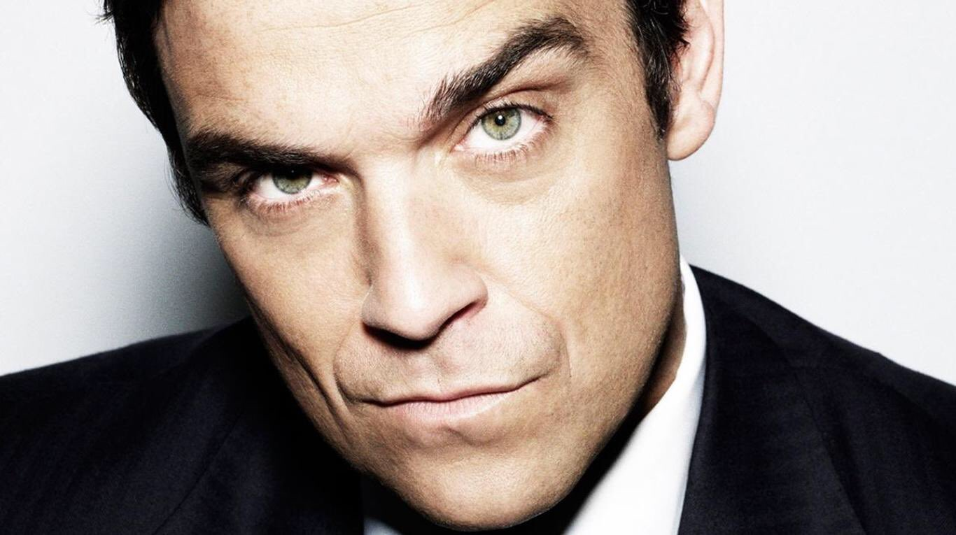 Happy 45th birthday to Robbie Williams! His 1997 UK No.1 album \Life Thru A Lens \ spent 123 weeks on the UK chart!