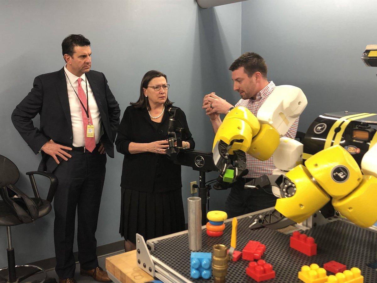U.S. Commerce Department Deputy Secretary Karen Dunn Kelley Visits RE2 Robotics in Pittsburgh.