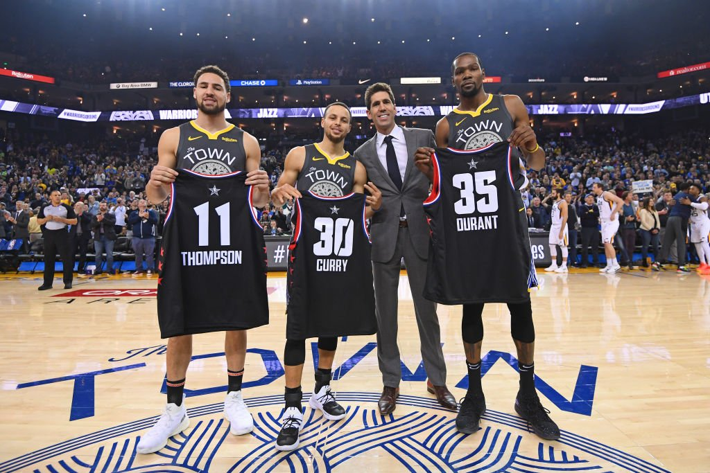 GSW has won 16 of 18 since January 1st... #StephCurry (28.5 PPG), #KevinDurant (25.4), and #KlayThompson (24.5) are all averaging over 20 PPG in the stretch.  8pm/et: #Rockets x #AllEyesNorth  10:30pm/et: #DubNation x #RipCity  @ESPNNBA Tune-In Tidbits: https://stats.nba.com/articles/tune-in-tidbits-espn-wednesday-feb-13-2019/…