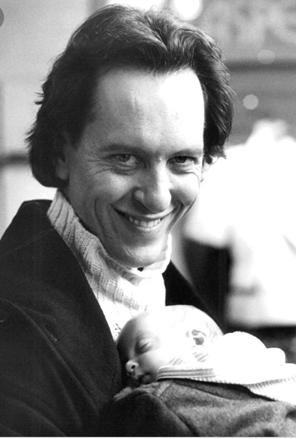 Oh how I love this movie tears laughter goes in this for me ...a few lines I love ....where on earth did you get him from jack reply's ...a skip...lol and jack will kill him @RichardEGrant are you ever in contact with them to cuties #babies