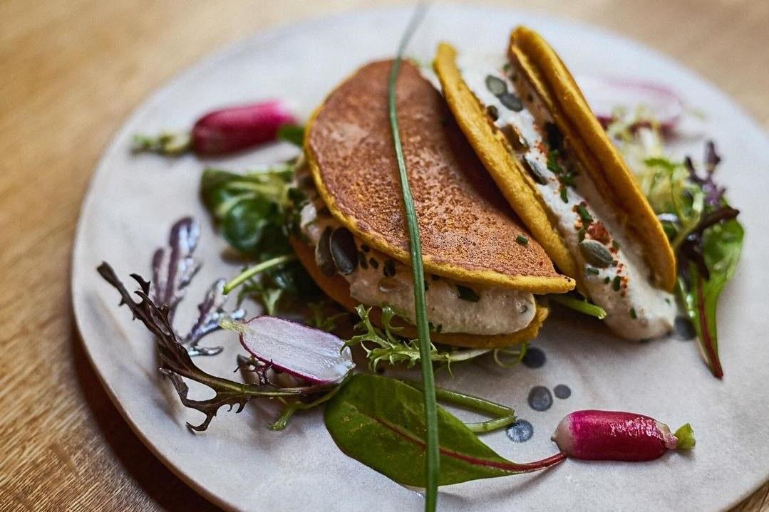 Parisian plant-based restaurants for earth, body and soul 🌿 https://t.co/eolVLc7uvy #Vegan #PlantPower #Paris