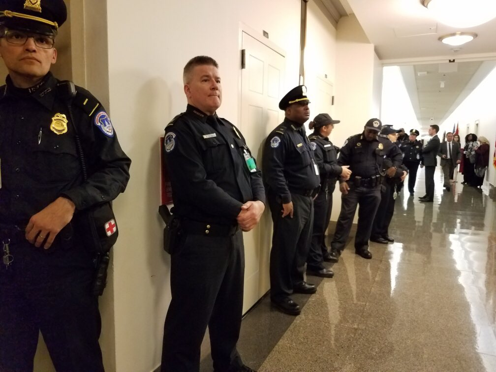 Nancy @SpeakerPelosi had Capitol Police line the hall ready to arrest Angel Moms as they peacefully walked to her office hoping to be heard, carrying pictures of their murdered children. @AmyKremer @WomenforTrump @POTUS @realDonaldTrump #AngelMoms #AngelFamilies #BuildTheWallNow