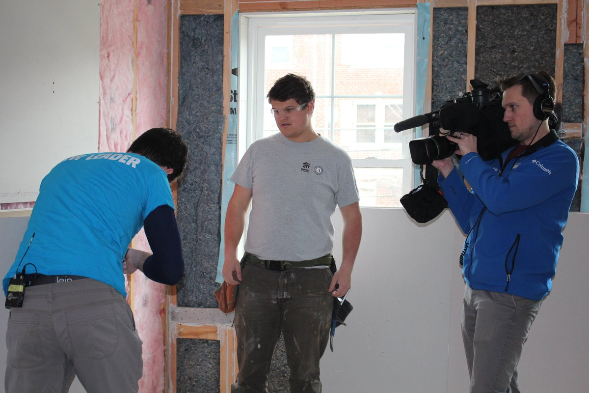 We're so excited about a new story we're working on for @Hearst's #ProjectCommUNITY series, which includes appearances by @CNCS_CEO and @AmeriCorps members serving in @HabitatDC! Here's a sneak peek! 📸