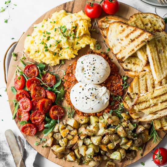 Burrata #breakfast Board. #recipes #vegetables http://bit.ly/2rG2TKF