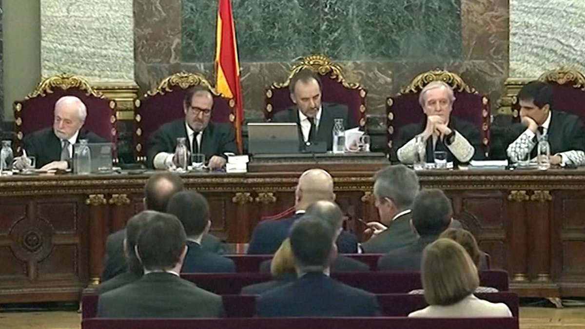 Spain: Catalan Leaders Stand Trial for 2017 Independence Bid https://t.co/6VAu5pz7iZ #Catalonia