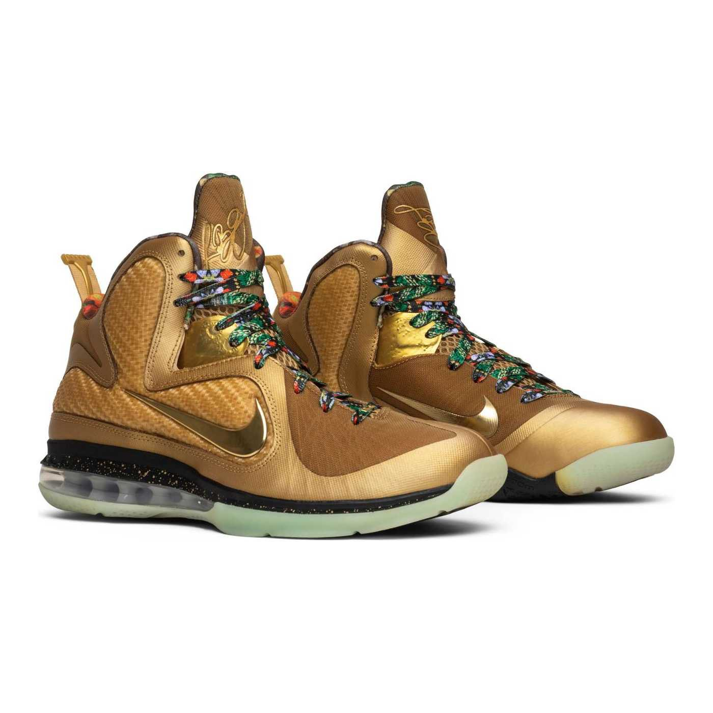 If this gold Watch the Throne LeBron 9 sample dropped ...