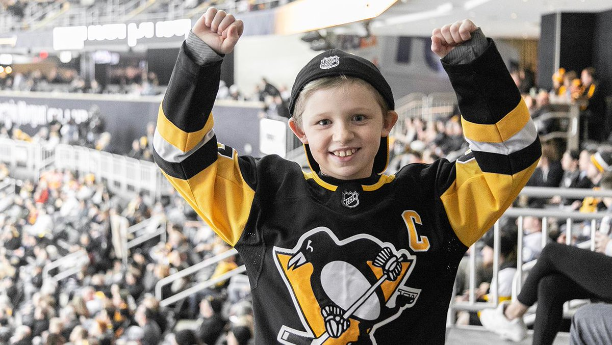GET LOUD!   The 3rd period is a go.  #LetsGoPens