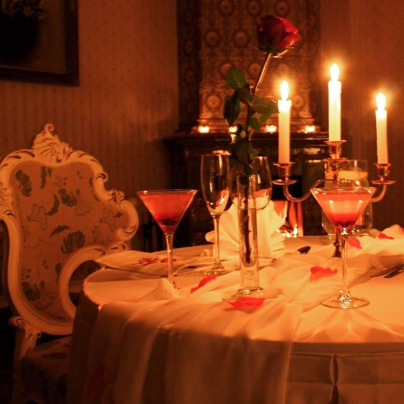 Картинки ужин при свечах на двоих, черные девушек смешной