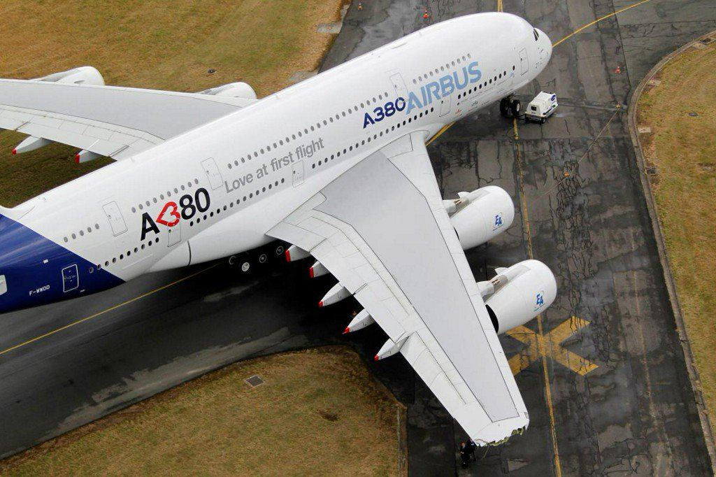 Airbus to scrap production of A380 superjumbo https://reut.rs/2DHADgu