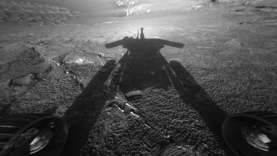 test Twitter Media - This #ValentinesDay we're showing our love for the @MarsRovers who turned 90 days into a 15-year exploration, providing ground-breaking discoveries and changing our understanding of Mars forever #ThanksOppy https://t.co/EkSHcD2iLG
