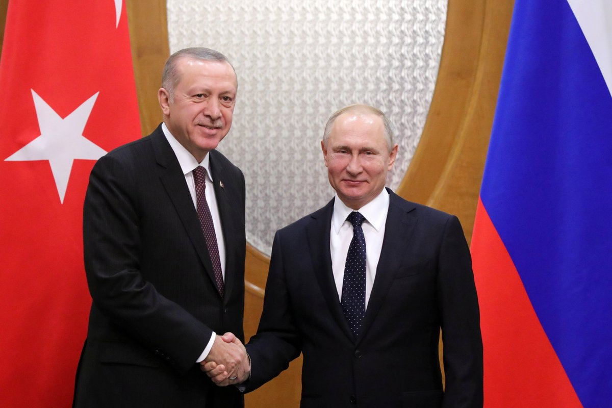 #Sochi : Vladimir Putin had a meeting with President of Turkey Recep Tayyip Erdogan on the sidelines of the summit on Syriahttps://t.co/Du5qUwh2PA