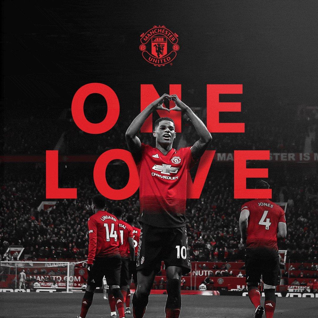 世界中の #MUFC ファンの皆様へ ❤️  Happy #ValentinesDay !