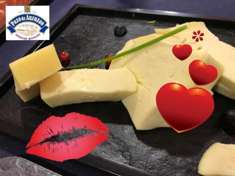Si le dices te quieso con un #PazodeAnzuxao  💕🧀  #SanValentin2019 #FelizSanValentín #queso #14DeFebrero #FelizDiaDeLosEnamorados