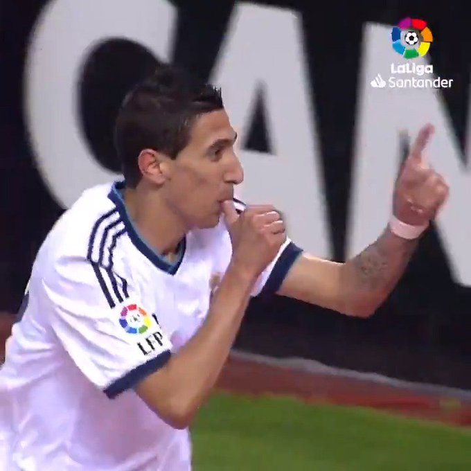 With a in his hands...  ...and wand in his left-foot!    Happy 31st birthday, Angel di Maria!