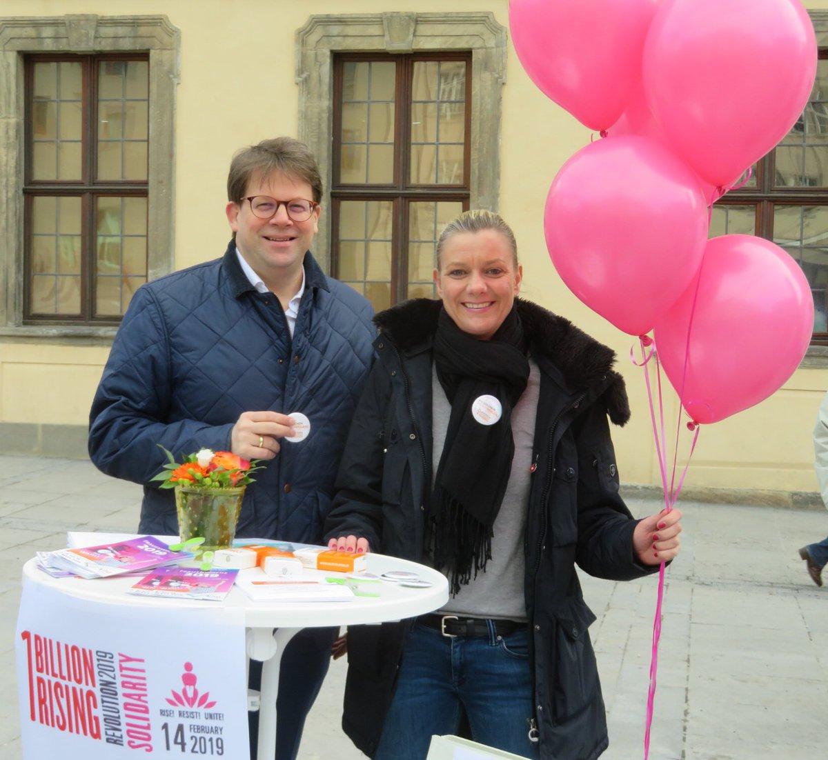 Oberbürgermeister Dr. Wingenfeld und Polizeihauptkommissarin Denise Abersfelder