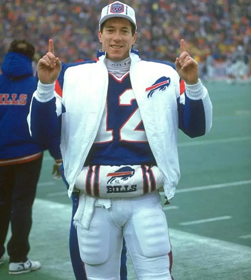 Happy birthday to Hall of Famer Jim Kelly.   This is the story of his terrific NFL debut