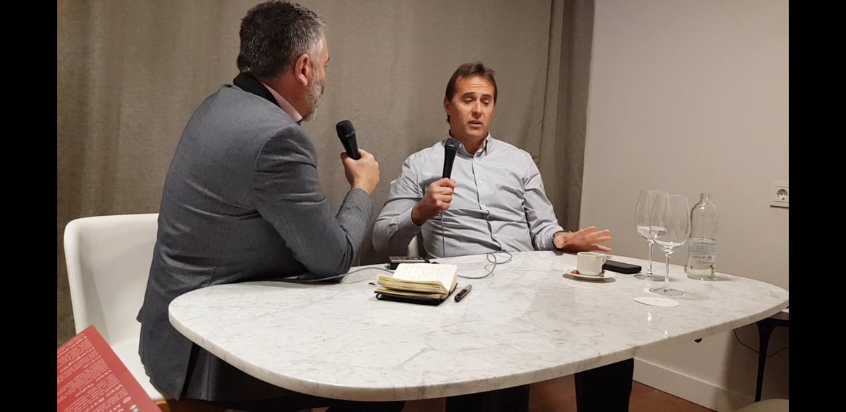 My chat with Julen Lopetegui on Spain, Real Madrid and a possible move to the Premier League - more on @5liveSport tonight   https://t.co/WeMSHM1cpV