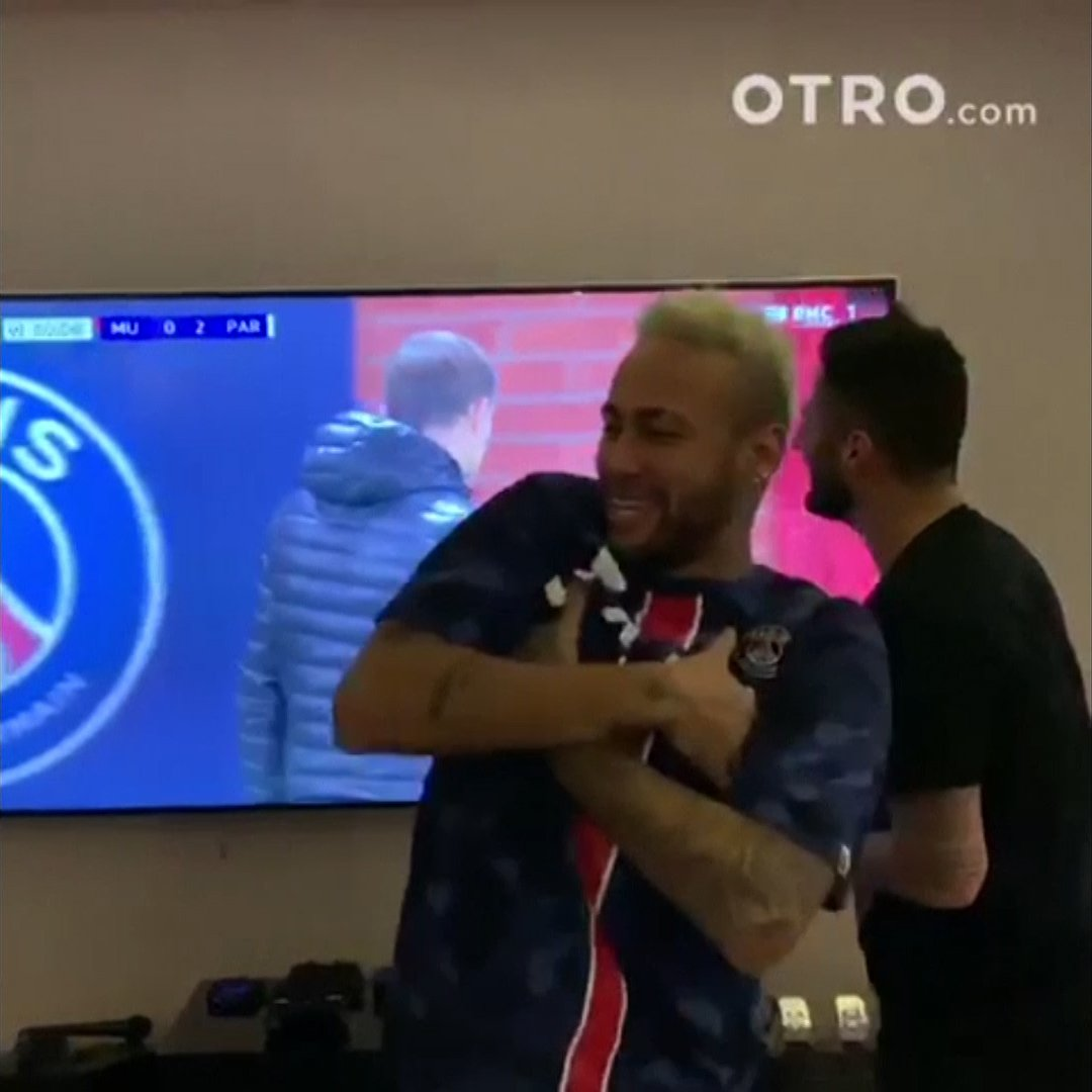Neymar couldn't get enough of Kylian Mbappe's goal against Manchester United. (via @OTRO).