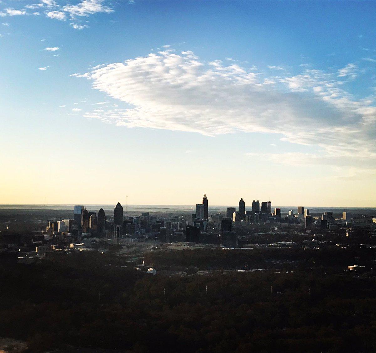 High clouds giving some #shade this morning over Downtown #atlanta @wsbradio #skycopter @wsbtv #captncam