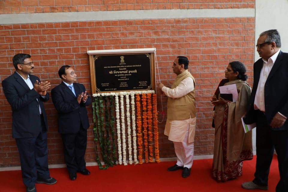 Gujarat CM Shri @vijayrupanibjp inaugurated the newly renovated building of Sardar Patel Institute of Public Administration and Women's Hostel at Ahmedabad and shared that as many as 191 students had taken UPSC exam training at SPIPA and got selected as IAS officers from Gujarat