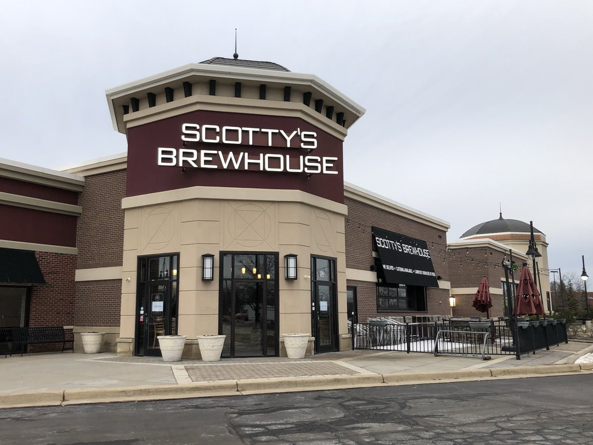 """ANOTHER SCOTTY'S CLOSES: The Scotty's Brewhouse at 146th &amp; Hazel Dell in Noblesville has suddenly closed. The sign on the door just says """"This location closed. Sorry for the inconvenience"""". More information here:  http:// ow.ly/OERT30nHpbe  &nbsp;    #NewsTracker #Daybreak8 <br>http://pic.twitter.com/IPDgAb3QFF"""