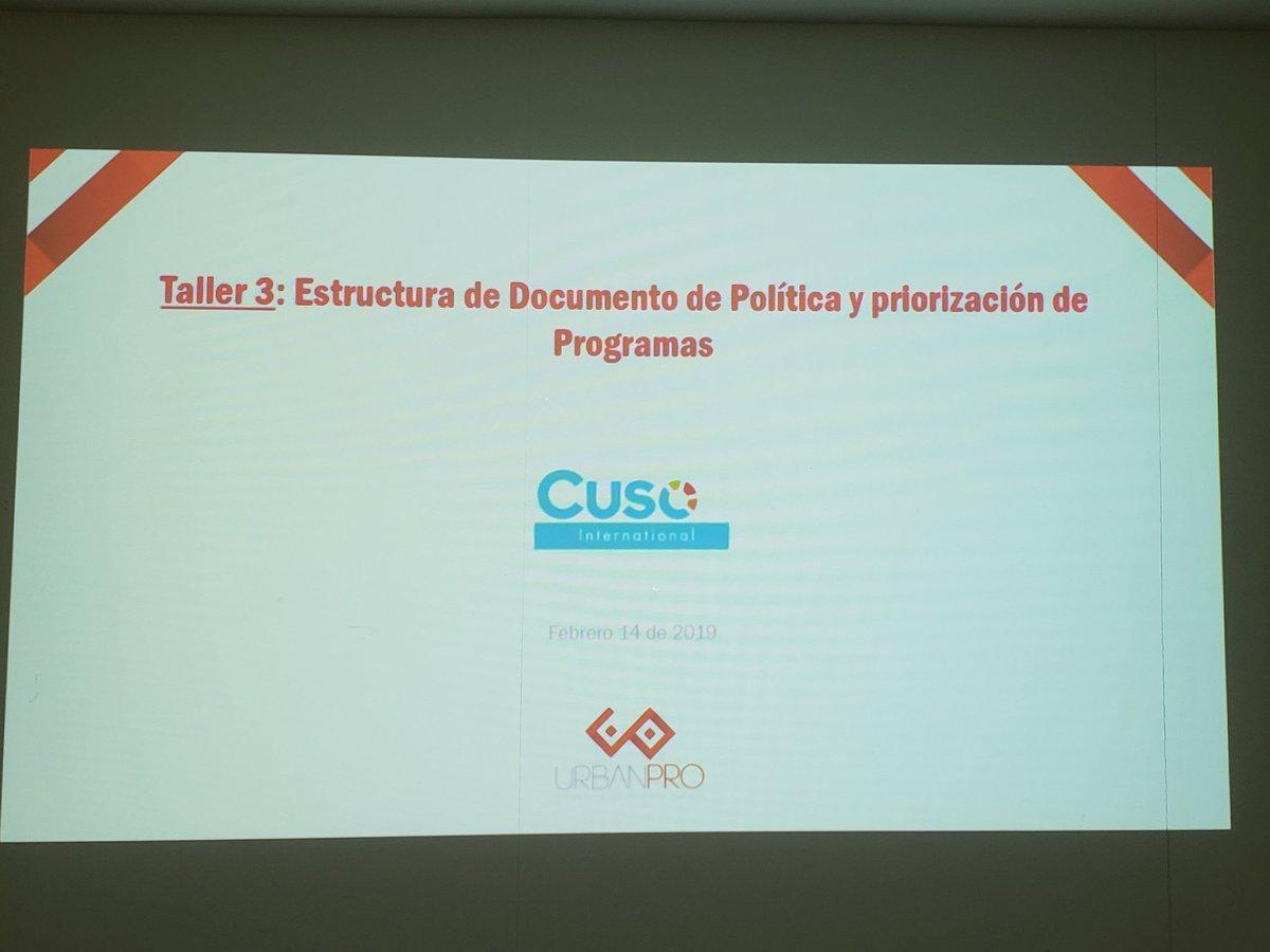 El equipo de UrbanPro presenta los avances del proceso de formulación de la Política Pública de Desarrollo Económico de Quibdó. #Quibdó @CusoIntl @RutaQAlcaldia