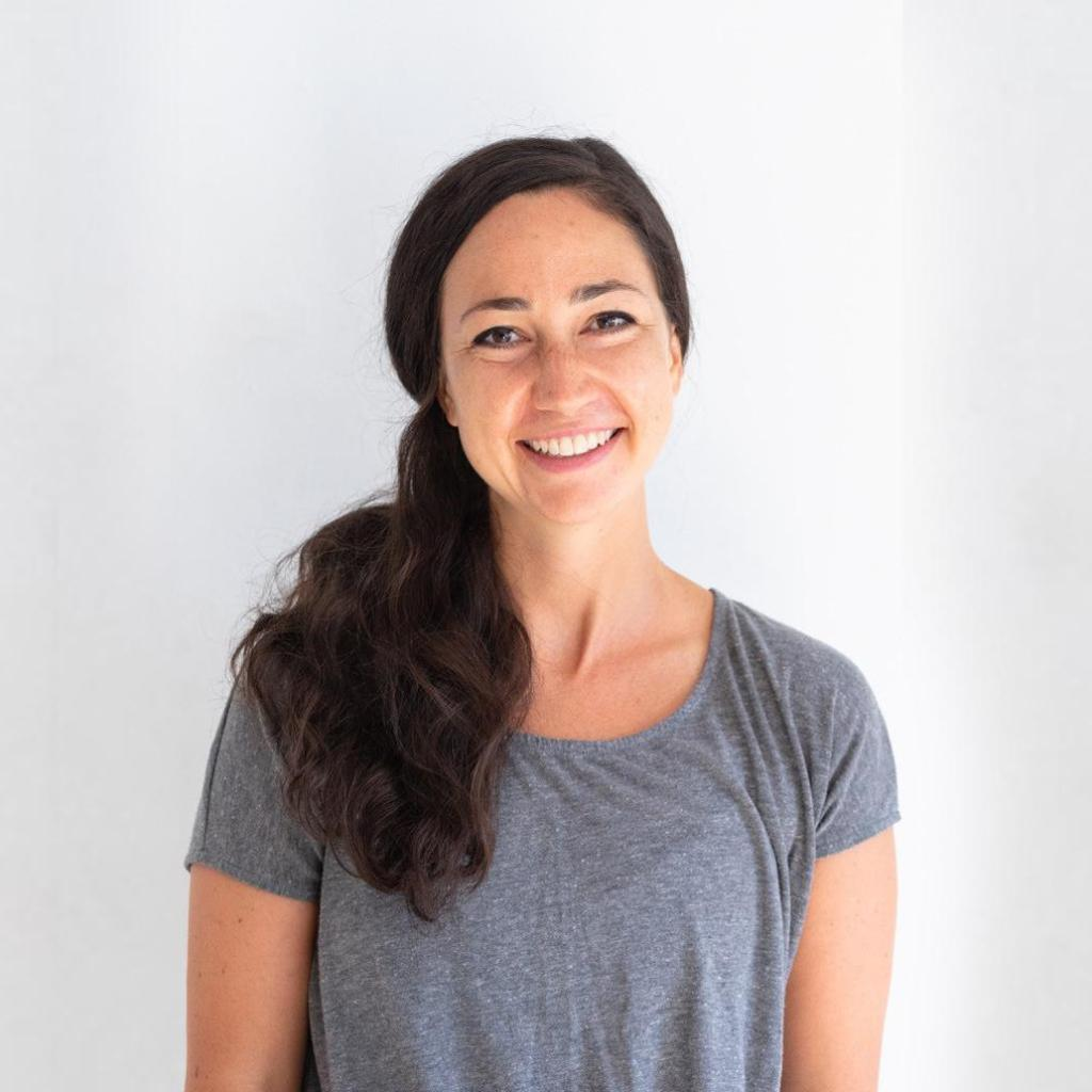 MEET THE TRAINERS - FUEL Weekend at #WCostaRica Kick it into high gear with Joanna Cohen, Senior Instructor at @Y7Studio   #DetoxRetoxRepeat