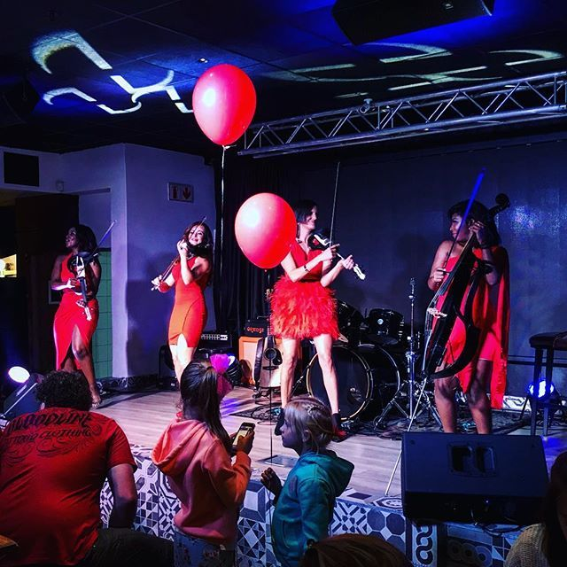 Highlight of the evening 💃🏼 @TheMusesZA @hardrockcafe @menlynsa  #MenlynSA #ValentinesDay Nonkululeko #TheMuses #ValentinesDateNight #ValentinesDay2019 #HardRockCafe #RedMuse http://bit.ly/2RZ1nOB